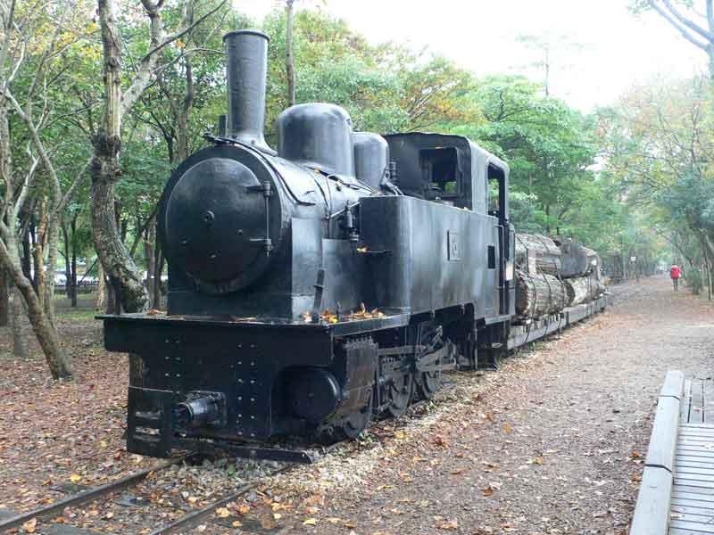 羅東林業文化園区で太平山の林業の歴史を学ぶ。