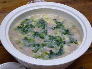 鳳毛麟趾の朝食の広東粥