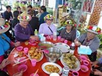 年長者たちのテーブル