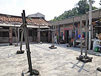 麺線工場の庭
