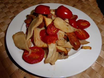 エリンギとプチトマトの炒め物