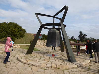 平和の鐘?